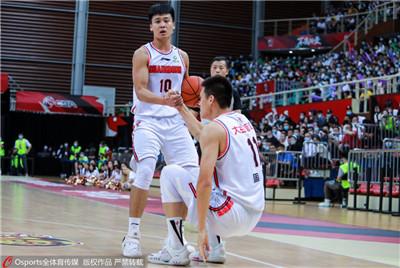 三连冠壮举+队史第11冠!广东男篮的时代还在继续图1