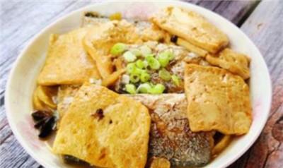 美食推荐:蚝汁烧螃蟹、带鱼炖豆腐、虾仁毛豆炒馒头图2