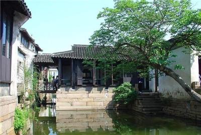国内GDP第一的县级市,被阳澄湖包围,坐拥三座千年古镇,适合旅游图1