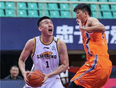 CBA季前热身赛-辽宁轻取上海两连胜图2